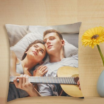 Customise Your Throw Pillows as Gifts