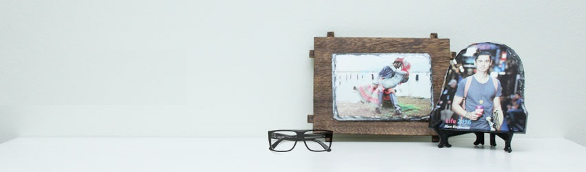 Create personalised photo rocks online with Printcious Gifts.com using your digital photos.