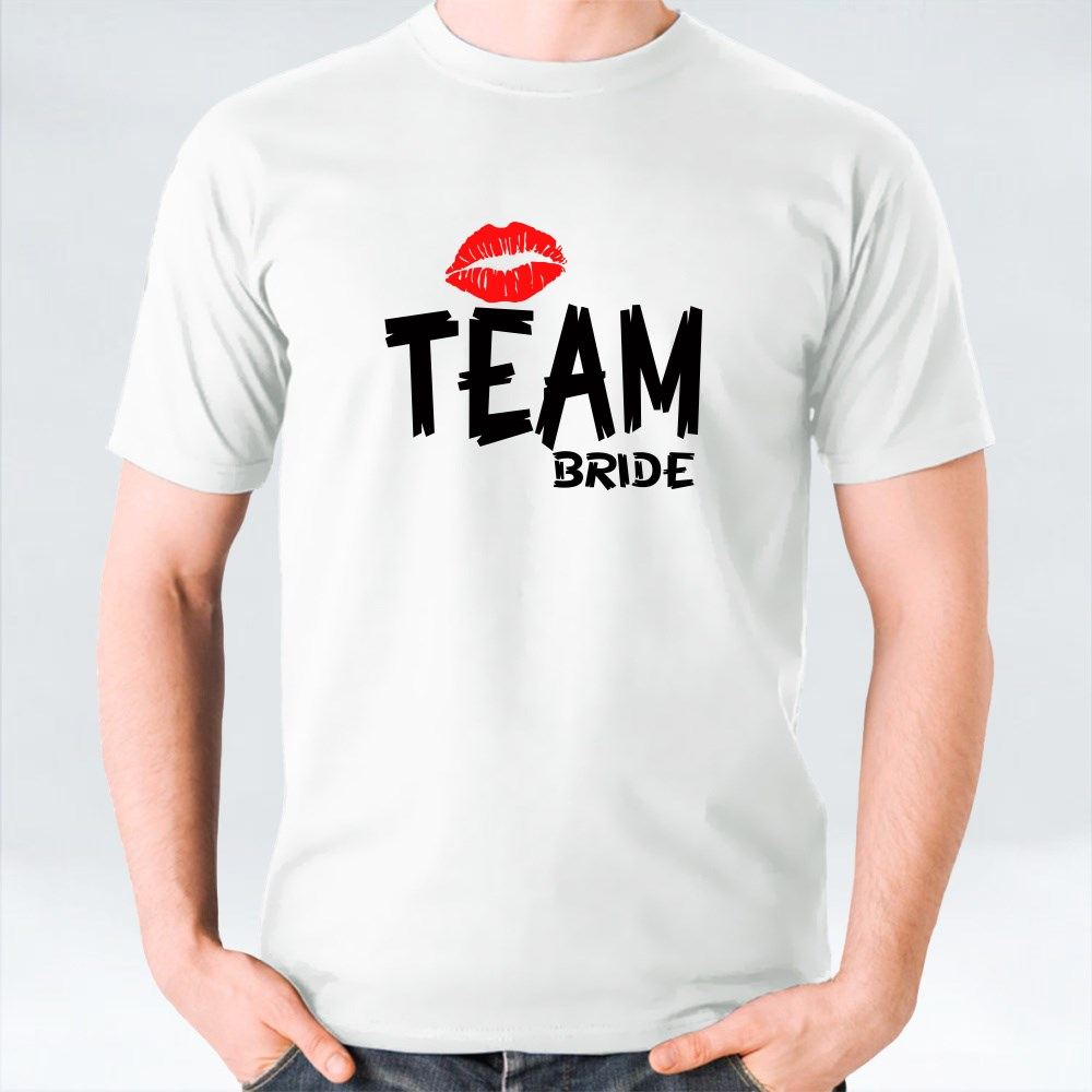 Team Bride With Red Lips تي شيرت