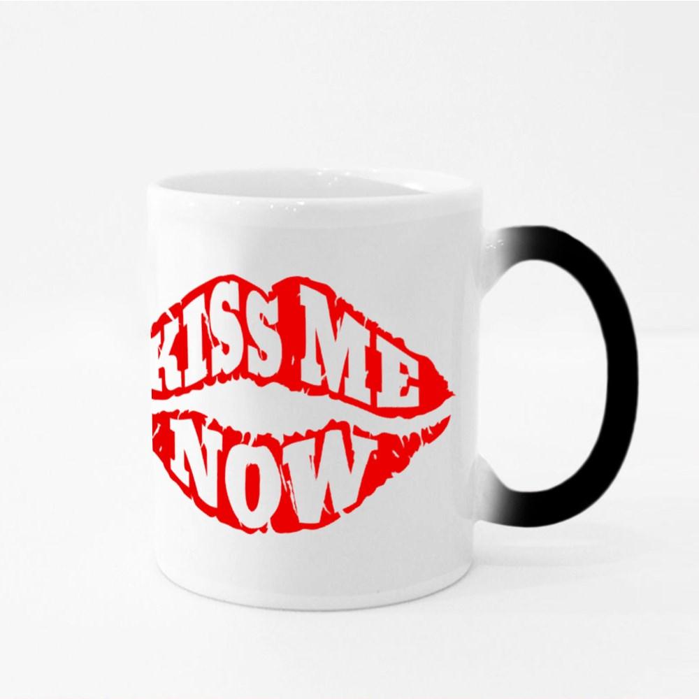 Kiss Me Now. Lips Magic Mugs