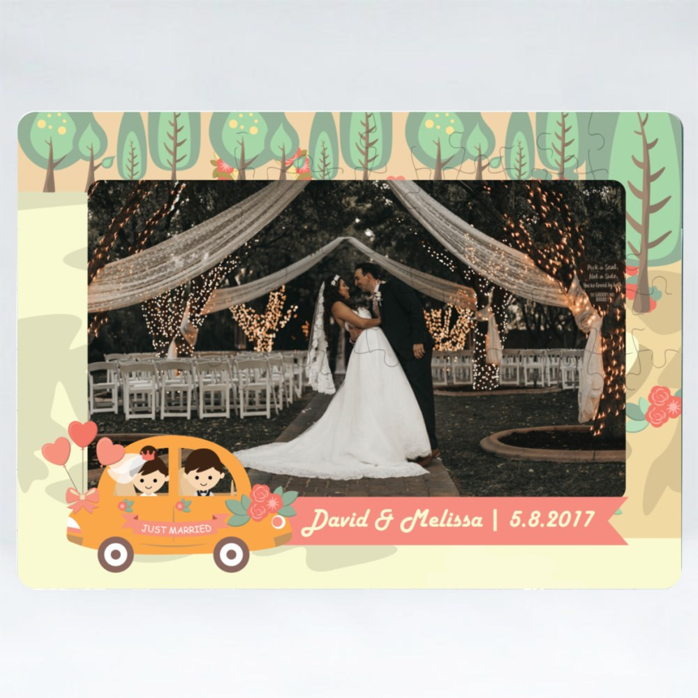 Puzzles > Puzzles (Rectangle) > Wedding Couple in a Car