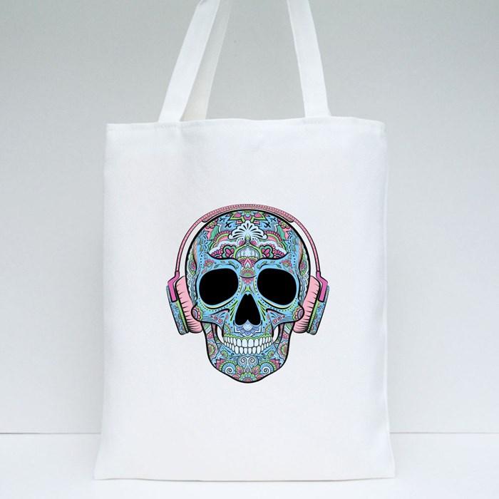 Skull Graphics Tote Bags