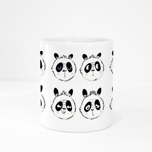 Pandas With Various Emotions 彩色杯