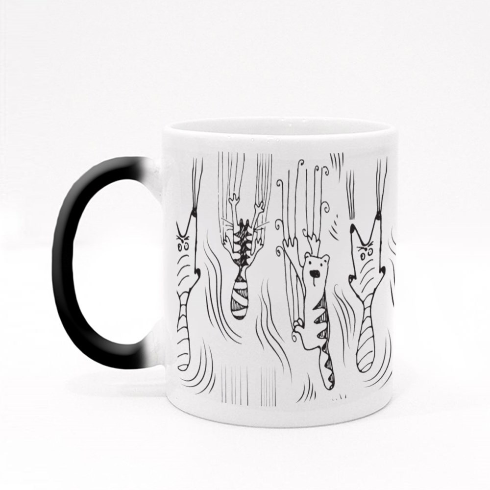 Cats Climbing the Wall and Leave Scratches Magic Mug