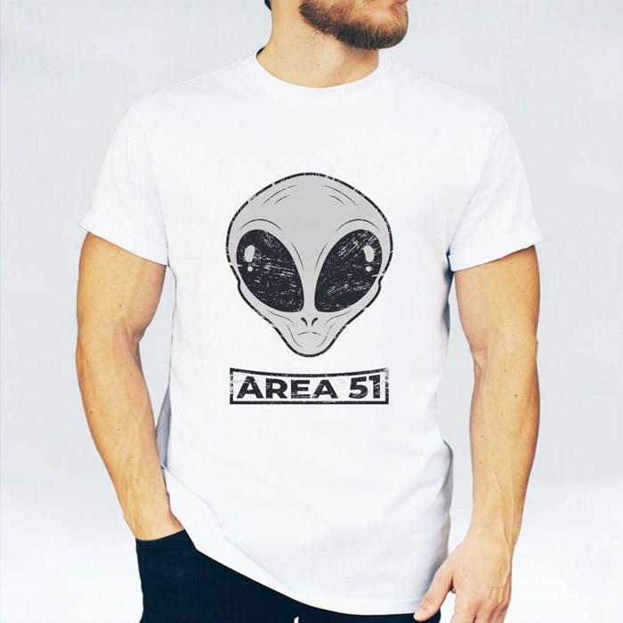 Alien in Area 51 T-Shirts