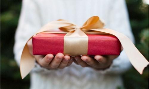 Buat Hadiah Anda Dengan Desain Anda